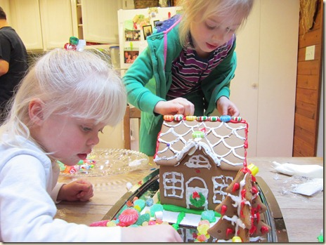 12-24 Gingerbread house 7