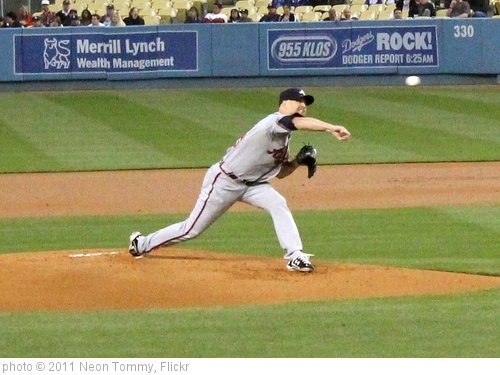 'Tim Hudson pitching against the Dodgers.' photo (c) 2011, Neon Tommy - license: http://creativecommons.org/licenses/by-sa/2.0/
