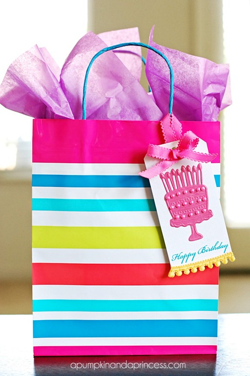Embossed-Happy-Birthday-Gift-Tag