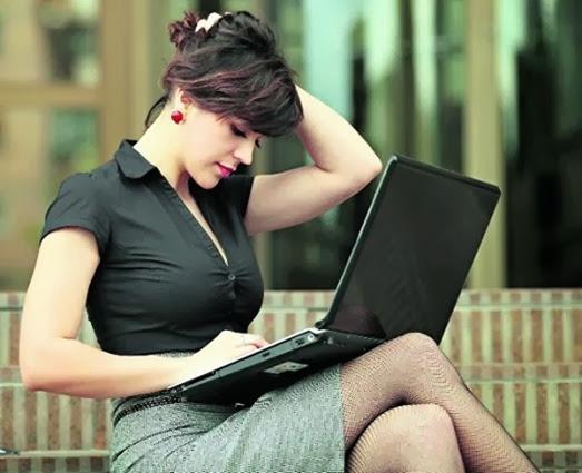 что делают женщины на сайте знакомств