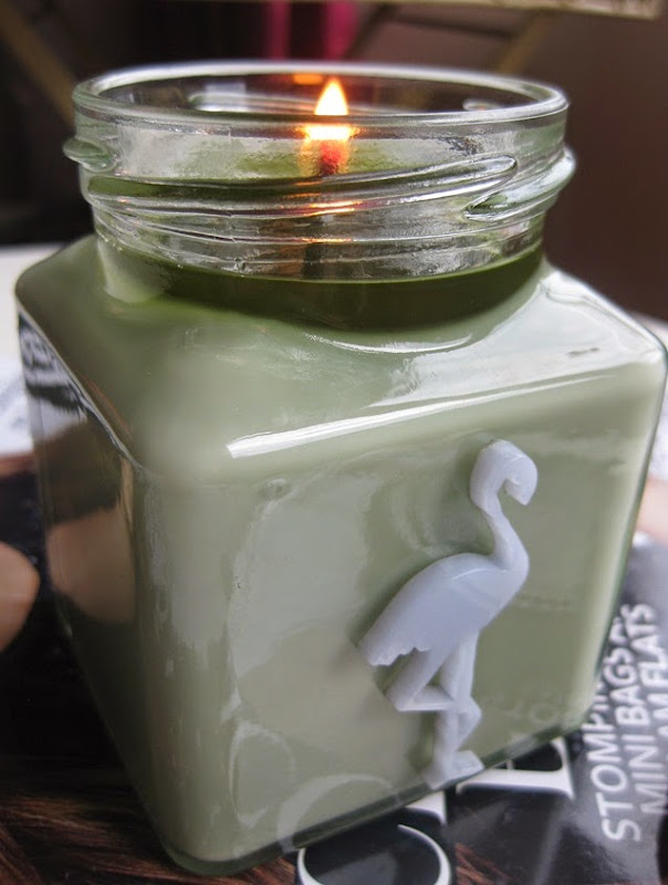 FLamingo-Candles-Earl-Grey-Tea Cucumber-Candle-review