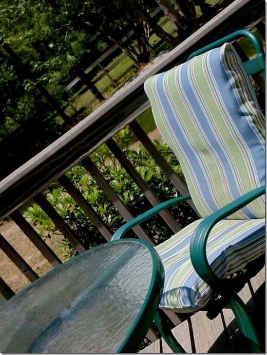 Comin' Home: How to Re-Cover Patio Furniture