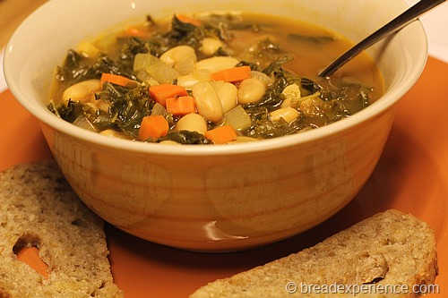 cannellini-bean-kale-soup_2469