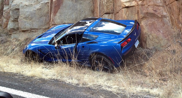 2014-Corvette-Crash-1