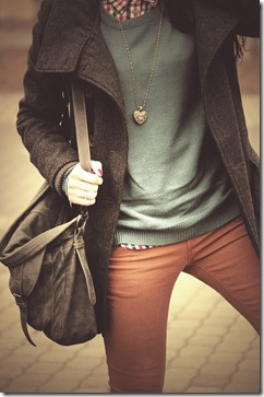 hipster-fun-photo-blogger-cute-style-hipsters-cool-glasses-outfit-brown-natural