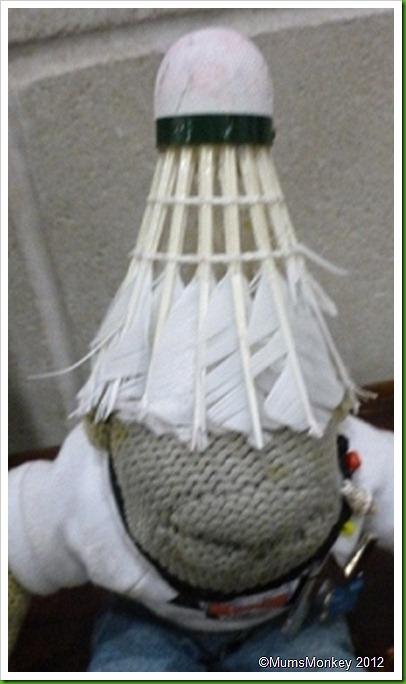 Feather shuttlecock