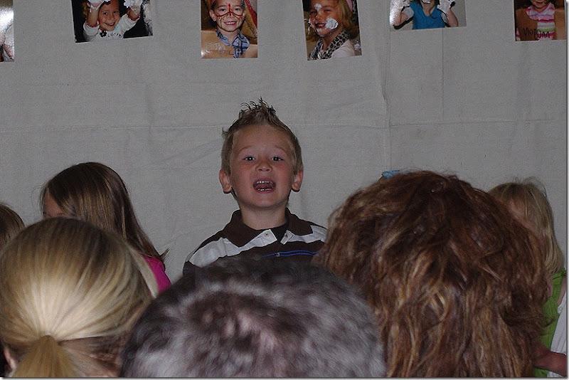 2011 May preschool grad 013