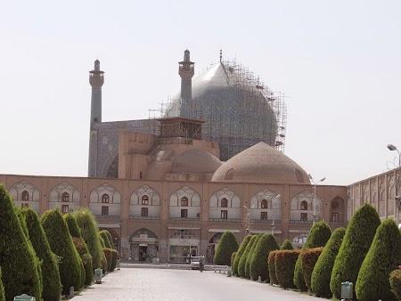 27. Imam Mosque.JPG