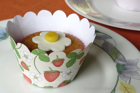 2013July26 strawberry cupcake wrapper