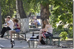 08-11 saratov 028 800X jardins devant universite