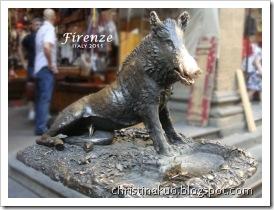 【Italy♦義大利】Florence 佛羅倫斯 - 聖羅倫佐市集買皮件, 聖十字教堂, 金豬 Porcellino~ 願能再訪翡冷翠!
