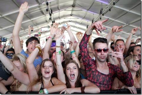 2012 Coachella Music Festival Day 2 g3Z0Sa3YS0il