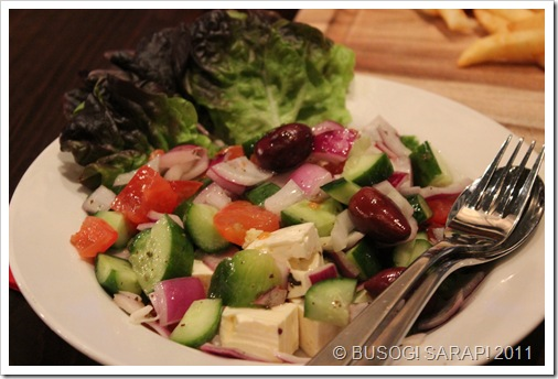 RIBS & RUMPS TRADITIONAL GREEK SALAD (SIDE)© BUSOG! SARAP! 2011