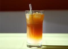 iced Arnold Palmer tea