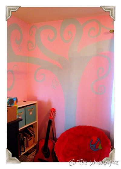 enchanted_tree_painted_on_wall_girls_room_1