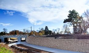 Omaha bike path retaining walls