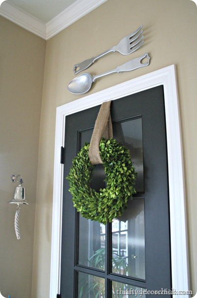 decorating with boxwoods