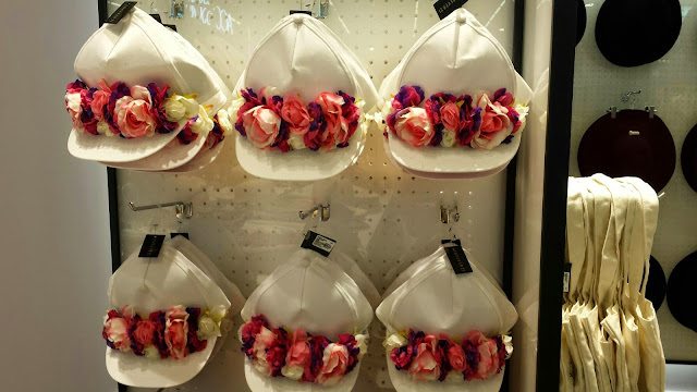 compras mujer ropa accesorios sombreros gorros flores verano