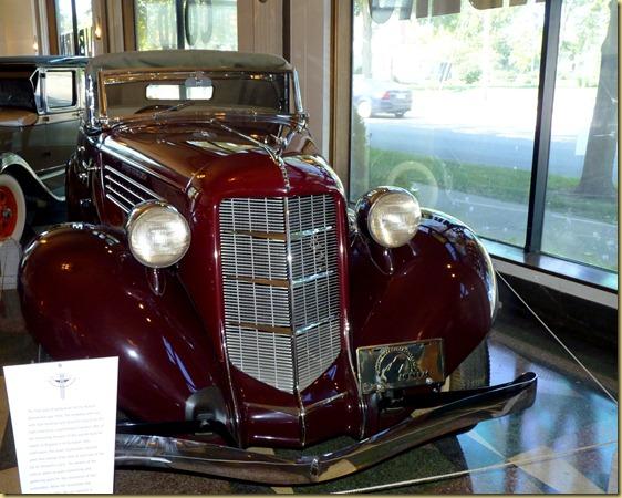2012-08-29 - IN, Auburn - Automobile Museum-046