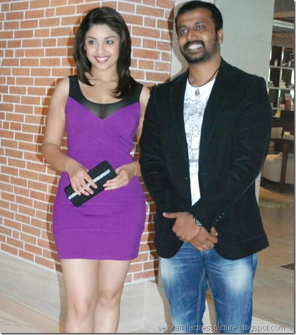 cute-richa-gangopadhyay-hot-in-mini-skirt-image