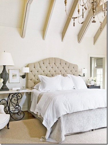 White and linen bedroomv ia traditional home