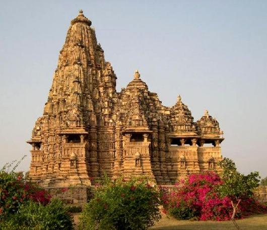 kama-sutra-temple01