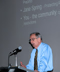 John Brooks, convenor of the Blackwattle Cove Coalition, chaired the meeting