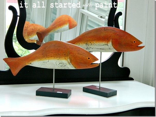 fish_painted_and_mounted_on_dowel