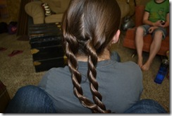 Hairdo-smelly pie 043