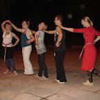 Eestlaste kultuuriõhtul esitasime kompositsiooni meie rahvatantsudest. Vasakult: Hannele, Liina, Katrin, Sten, Kristiin