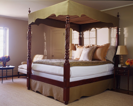 Another fantastic canopy and bedskirt from one of Martha's homes.