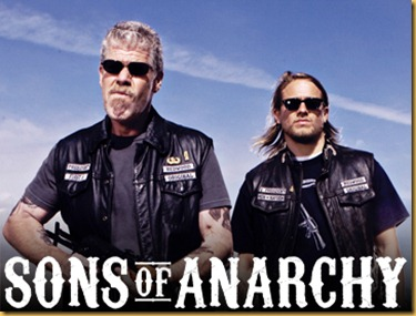 "SONS OF ANARCHY: L-R: Ron Perlman as Clay Morrow and Charlie Hunnam as Jackson ""Jax"" Teller. CR: Mike Muller / FX"