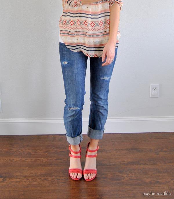 DIY(ish) Distressed Boyfriend Jeans + Aztec // www.maybematilda.com
