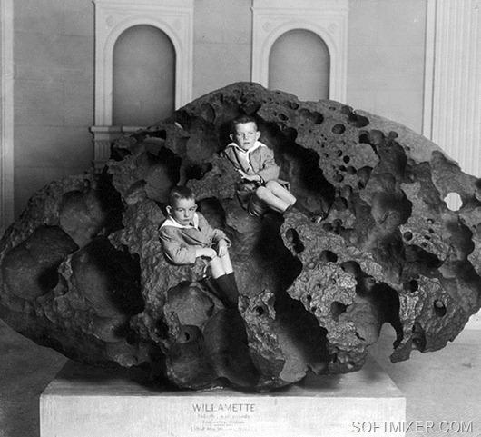 meteorite-1910-boys-1200_thumb%255B14%255D