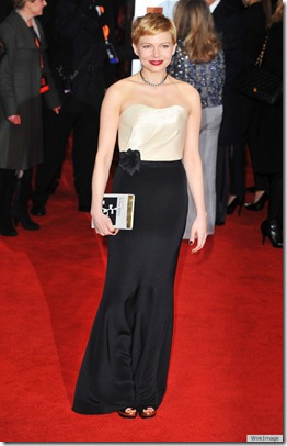 MICHELLE-WILLIAMS-BAFTAS-2012-DRESS