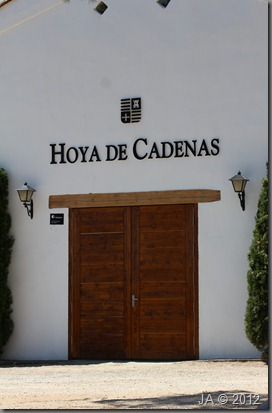 hoya de cadenas_puerta museo