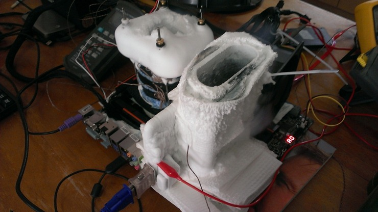 5276_01_team_au_overclocking_in_perth_with_liquid_nitrogen_deanzo_s_thoughts_full