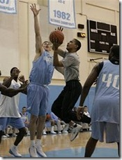 obama_shooting_hoops