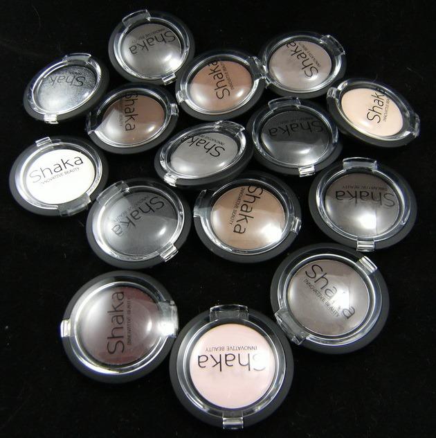 Collezione ombretti matte Shaka Innovative Beauty