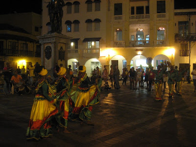 Cartegena - dance at Plaza de los Coches
