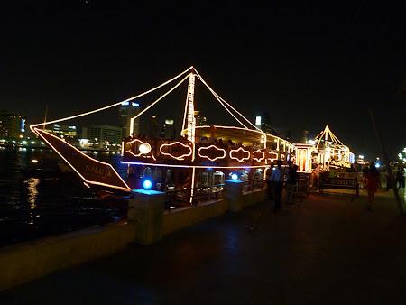 Obiective turistice Dubai: vas croaziera Creek