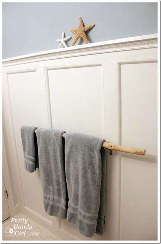 board_and_batten_w_towel_bar