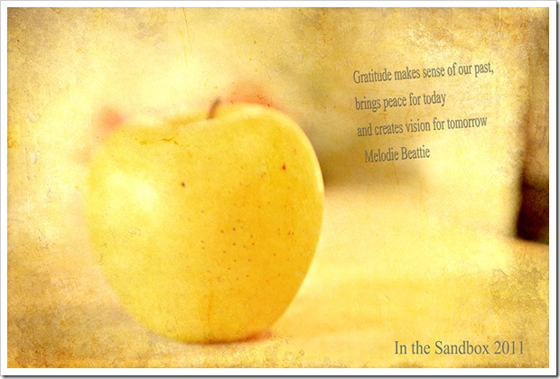 Golden Delicious with textures
