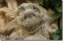 León sonriente - blasón de Irujo