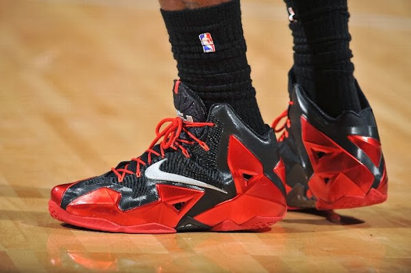 LeBron Debuts Alternate Away PE on his Birthday Carbon finish no Speckles