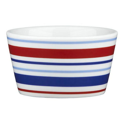 Thinking of making a souffle for the 4th of July? Make sure your ramekins are patriotic. (crateandbarrel.com)