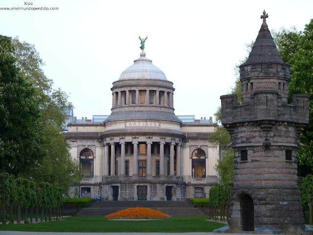 museo-de-arte-e-historia-parque-cincuentenario-bruselas.JPG