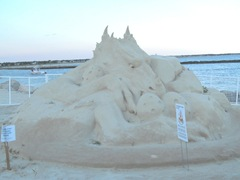 cape cod 8.2012 dragon sandsculpture