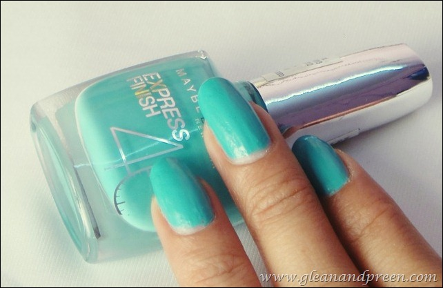 Maybelline Express Finish Nail Enamel in Turquoise Lagoon
