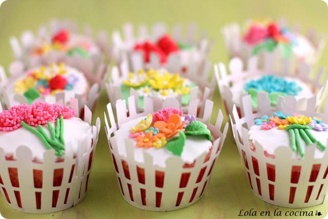 mesa-comunion-cupcakes1